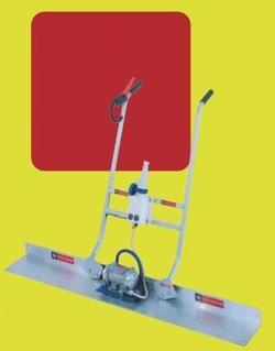 Vibrapav EL (elektrinė) vibroliniuotė - tai lenkto lakštinio plieno darbinė plokštė. Jos elektrinis variklis – vienfazis 120W, 3000 aps./min. Ši vibroliniuotė pasižymi dviguba valdymo rankena su 24V jungikliu (variklio paleidimui ir stabdymui). Taip pat Vibrapav EL (elektrinė) vibroliniuotė turi dėžę su transformatoriumi iš 230V į 24V.